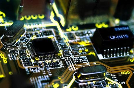 Nuevo curso: Aprende los principios de la electrónica actual – Nivel Básico – 26 de JUNIO